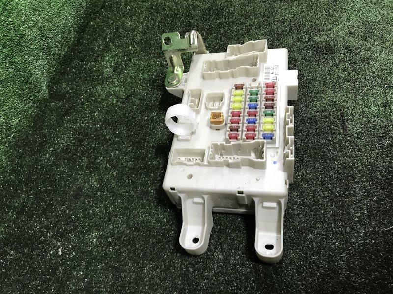 Блок предохранителей Toyota Land Cruiser Prado GRJ120 5VZFE (б/у)