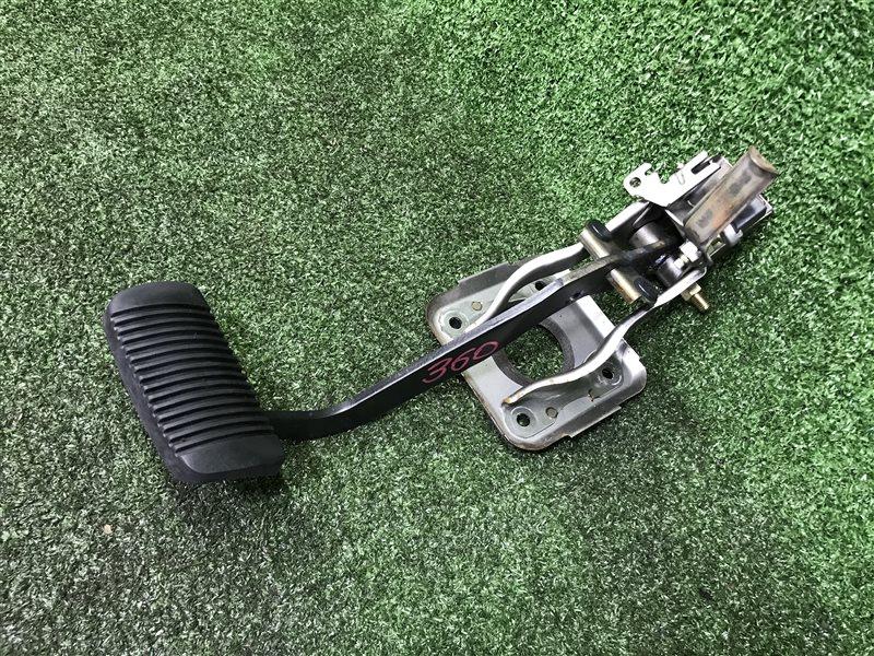 Педаль тормоза Toyota Ipsum ACN10 ACN10H ACN15 ACN15H ACM10 ACM10G ACM15 ACM15G CXM10 CXM10G SXM10 SXM10G SXM15 SXM15G 3SFE (б/у)