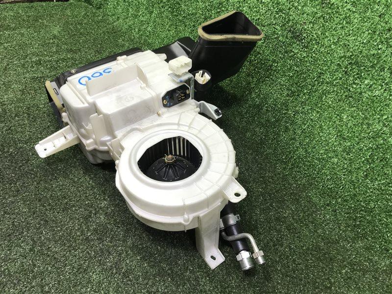 Мотор печки Toyota Ipsum SXM15 CXM10 CXM10G SXM10 SXM10G SXM15G 3SFE 1997 задний (б/у)