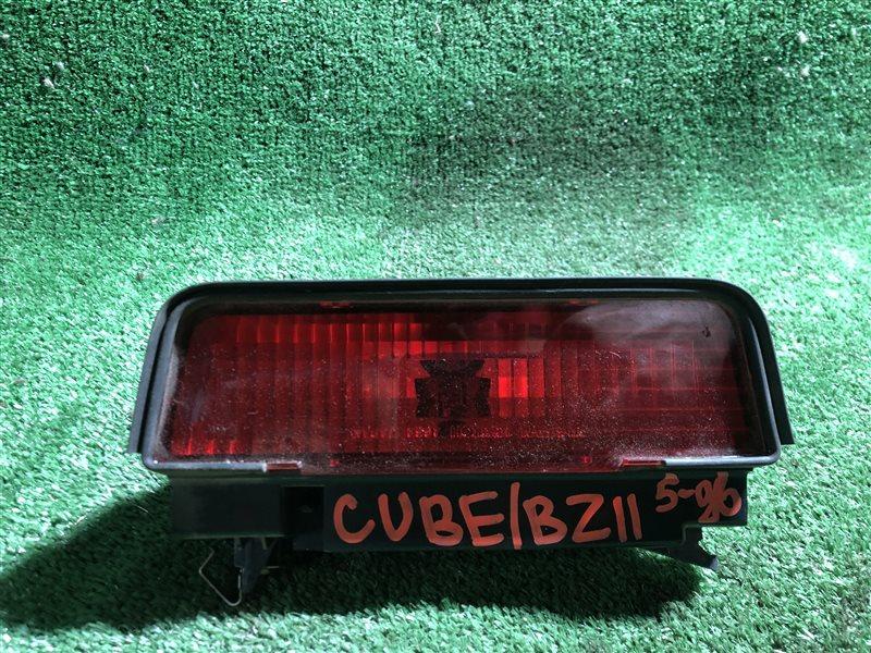 Повторитель стопа Nissan Cube BNZ11 (б/у)