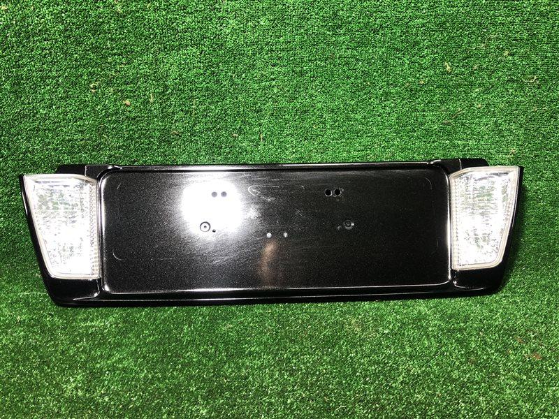 Рамка для номера Lexus Lx570 URJ201 2017 задняя (б/у)