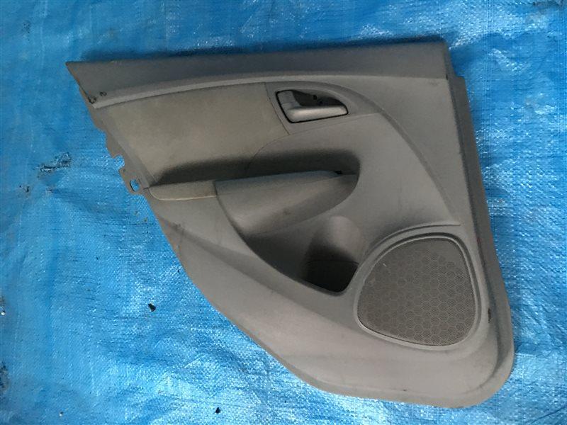 Обшивка двери Toyota Funcargo NCP21 задняя левая (б/у)