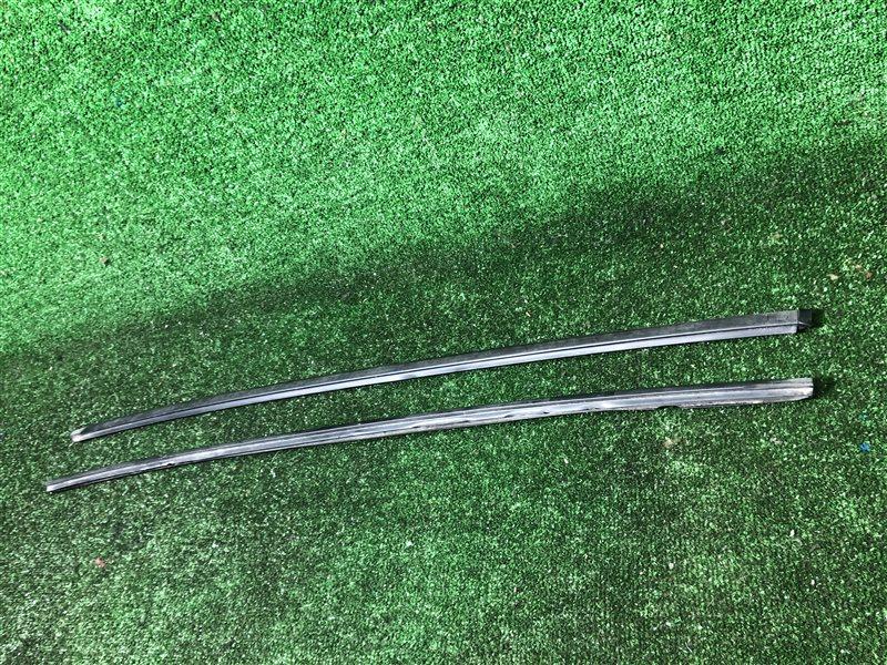 Молдинг лобового стекла Nissan Serena C24 передний (б/у)