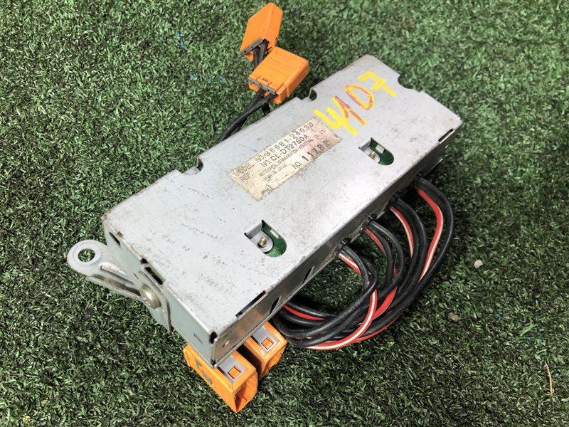 Усилитель антенны Toyota Grand Hiace KCH10 (б/у)