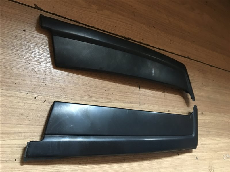 Накладка на крыло Subaru Forester SF5 задняя (б/у)