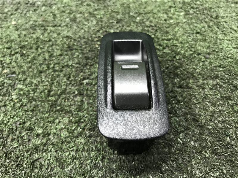 Кнопка стеклоподъемника Toyota Hilux Surf KDN185 1KZTE 1996 задняя (б/у)
