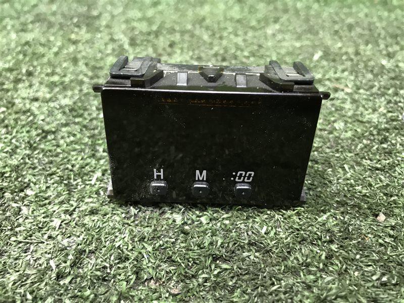 Часы Toyota Hilux Surf KDN185 1KZTE 1996 (б/у)