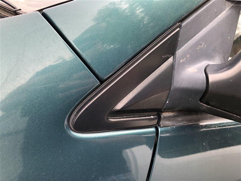 Уголок крыла Toyota Ipsum CXM10 3SFE 1997 передний левый (б/у)