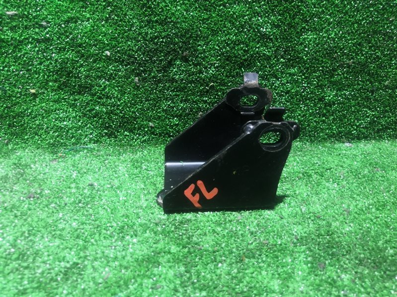 Кронштейн опоры двигателя Toyota Wish ZNE14 1ZZFE 2007 (б/у)