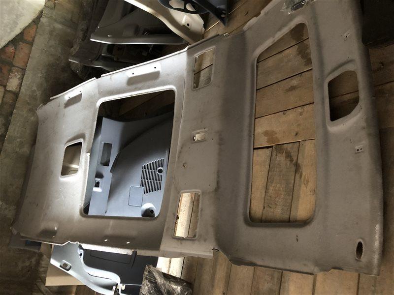Обшивка потолка Toyota Regius KCH40 3RZFE 2001 (б/у)