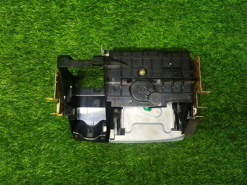Пепельница Toyota Vista AZV50 3SFE (б/у)