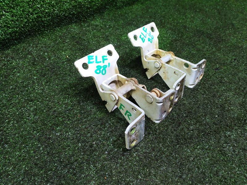 Петли двери Isuzu Elf NKR81 4HL1T передние правые (б/у)