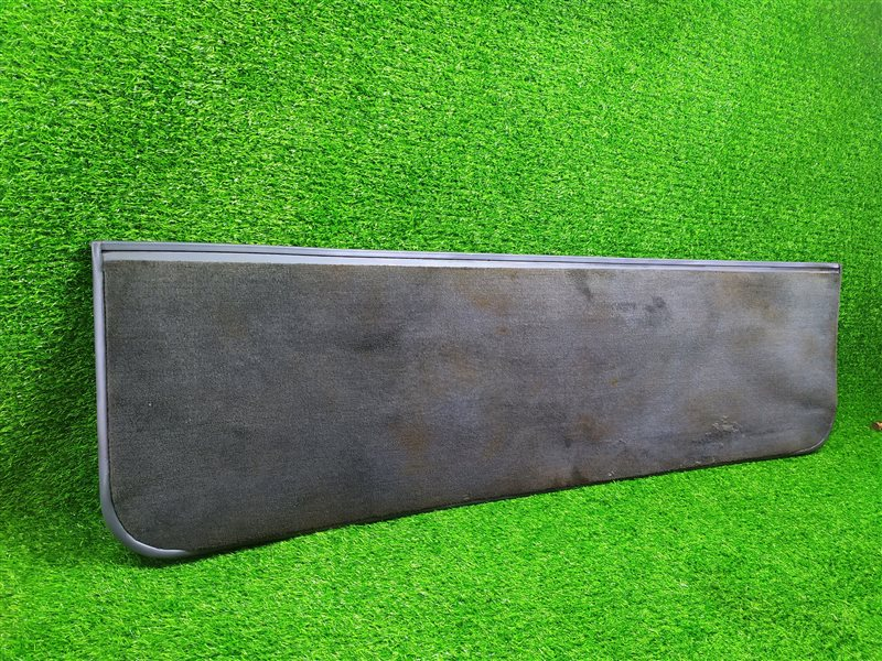 Обшивка двери багажника Toyota Land Cruiser FJ80 1HDFT нижняя (б/у)