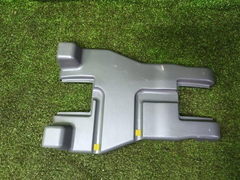 Пластик под сидение Mazda Mpv LW3W L3 (б/у)