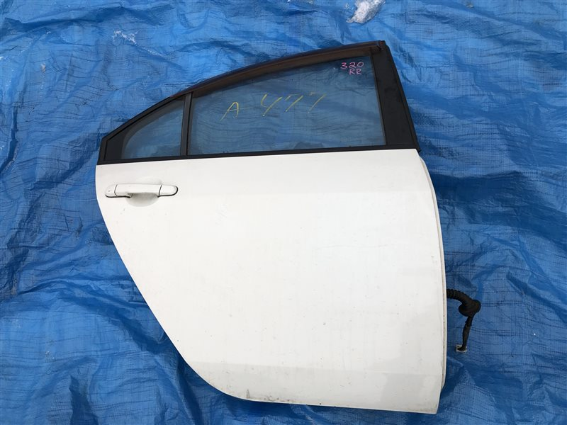 Дверь Nissan Primera HP12 QG18DE задняя правая (б/у)