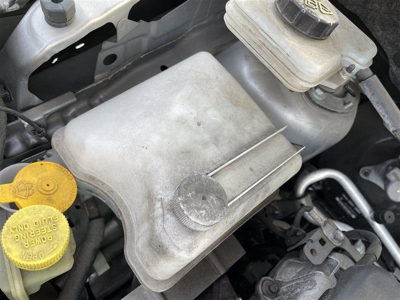 Бачок расширительный Mazda Premacy CR3W LFVD 2011 (б/у)