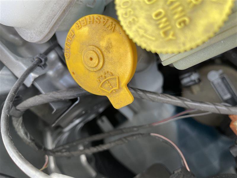Бачок стеклоомывателя Mazda Premacy CWEAW LFVD 2011 (б/у)