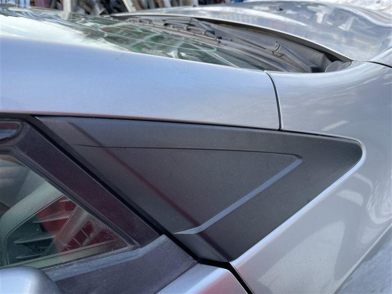 Уголок крыла Mazda Premacy CWEAW LFVD 2011 передний правый (б/у)