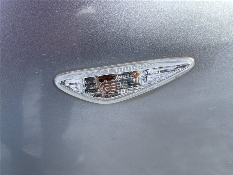 Поворотник в крыло Mazda Premacy CWEAW LFVD 2011 передний левый (б/у)