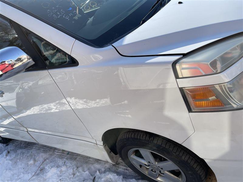 Крыло Toyota Voxy AZR60 1AZFSE 2006 переднее правое (б/у)