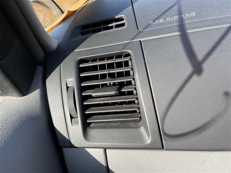 Дуйка Toyota Voxy AZR60 1AZFSE 2006 левая (б/у)
