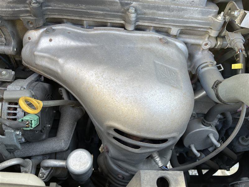 Коллектор выпускной Toyota Voxy AZR60 1AZFSE 2006 (б/у)