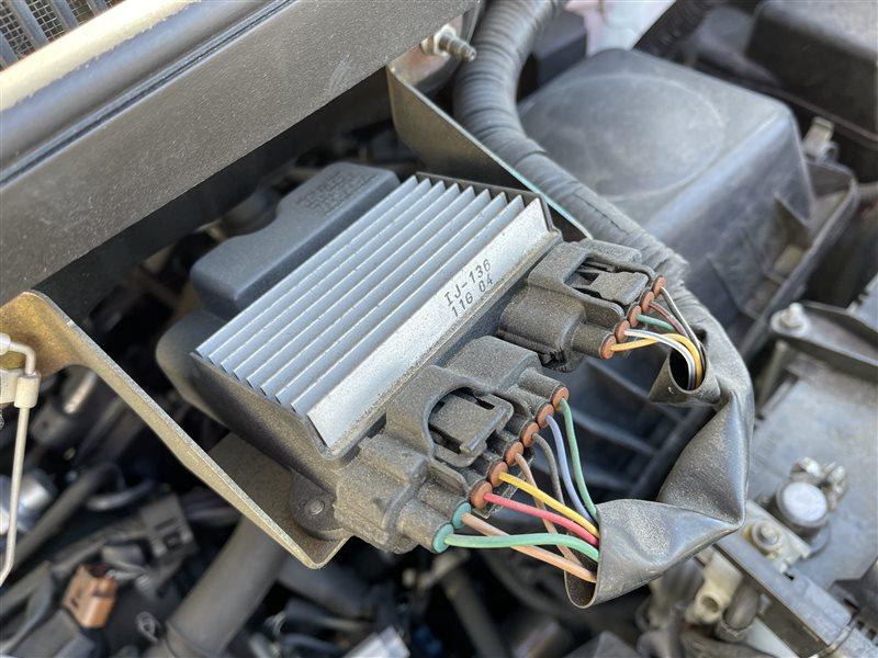 Блок управления форсунками Toyota Voxy AZR60 1AZFSE 2006 (б/у)