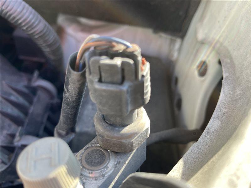 Датчик давления кондиционера Toyota Voxy AZR60 1AZFSE 2006 (б/у)