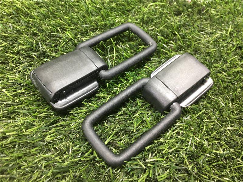 Крепление сетки в багажник Mazda Premacy CR3W LFVD 2011 (б/у)