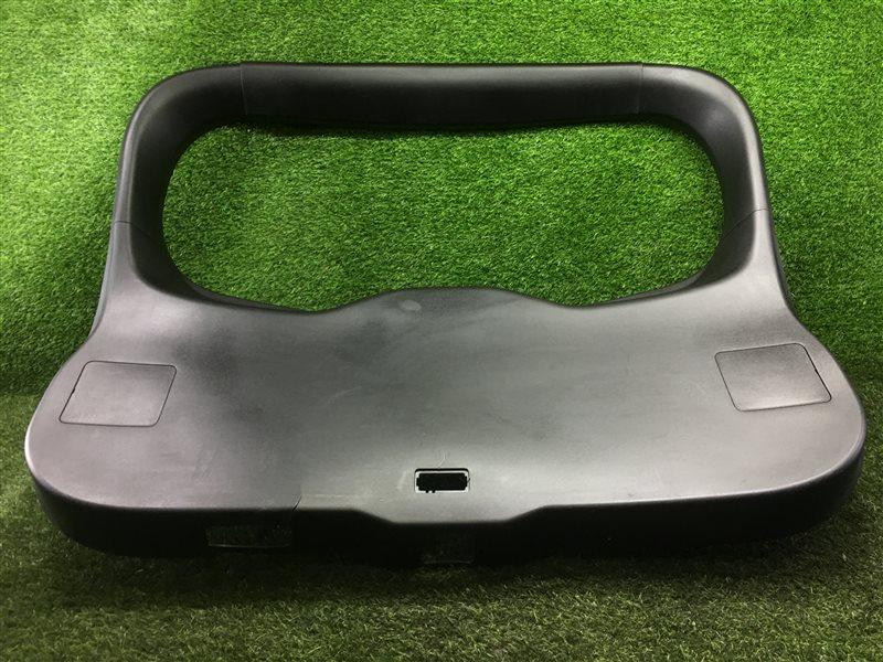 Обшивка двери багажника Mazda Premacy CWEAW LFVD 2011 (б/у)