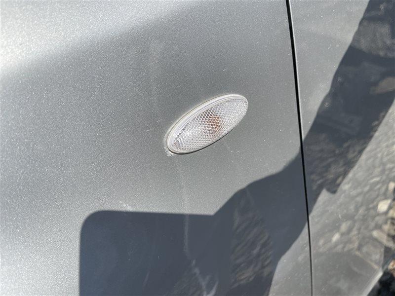 Поворотник в крыло Toyota Wish ZGE20 2ZRFAE 2010 передний левый (б/у)