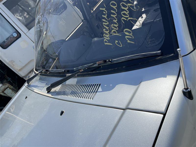 Решетка под дворники Toyota Land Cruiser Prado KDJ90 3RZ-FE 1999 (б/у)