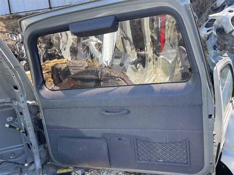 Обшивка двери багажника Toyota Land Cruiser Prado KDJ90 3RZ-FE 1999 (б/у)
