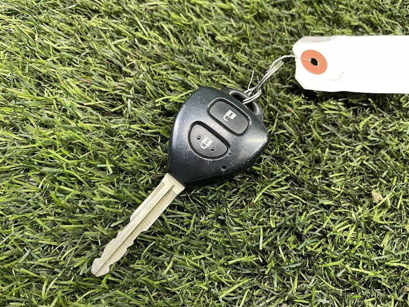 Ключ зажигания Toyota Wish ZGE20 2ZRFAE 2010 (б/у)
