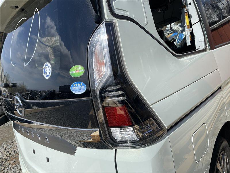 Стоп-сигнал Nissan Serena C27 HR12DE 2019 правый (б/у)