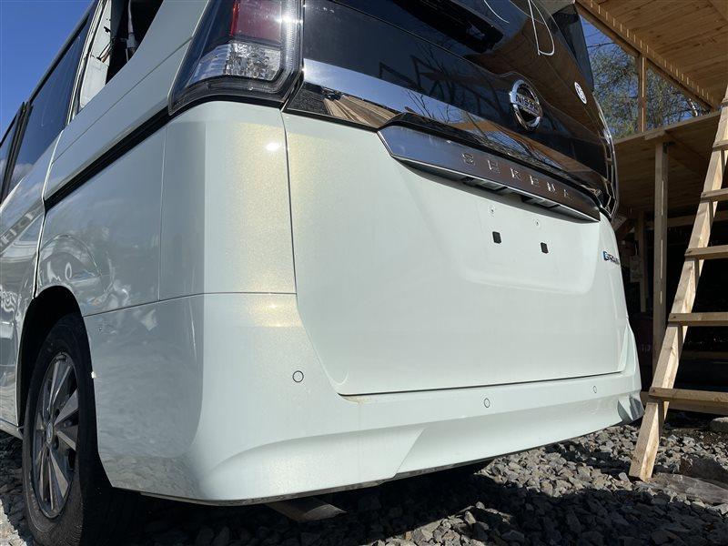 Бампер Nissan Serena C27 HR12DE 2019 задний (б/у)
