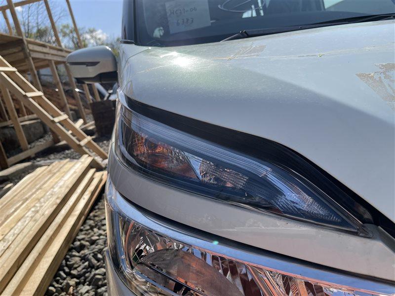 Габарит Nissan Serena C27 HR12DE 2019 передний правый (б/у)