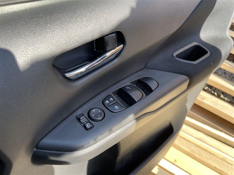 Блок управления стеклами Nissan Serena C27 HR12DE 2019 передний правый (б/у)