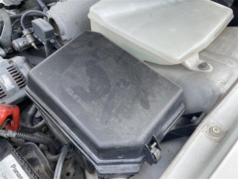 Крышка блока предохранителей Toyota Mark Ii GX90 1GFE 1994 (б/у)