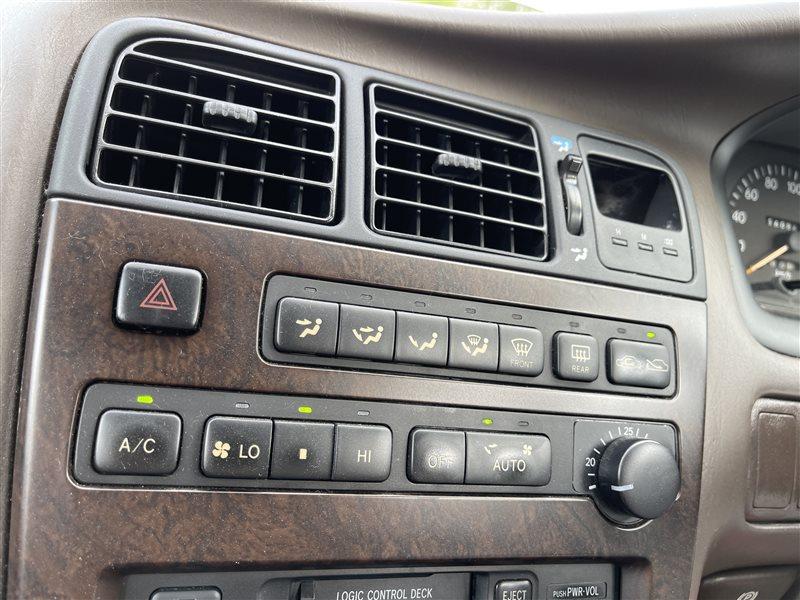 Блок управления климат-контролем Toyota Mark Ii GX90 1GFE 1994 (б/у)