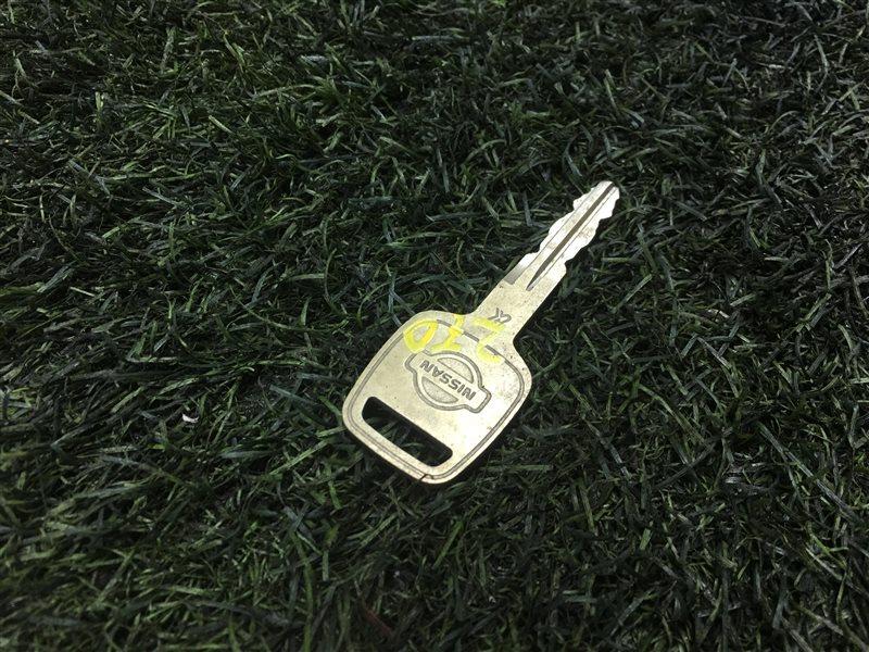 Ключ зажигания Nissan Laurel GC35 RB20DE 1998 (б/у)