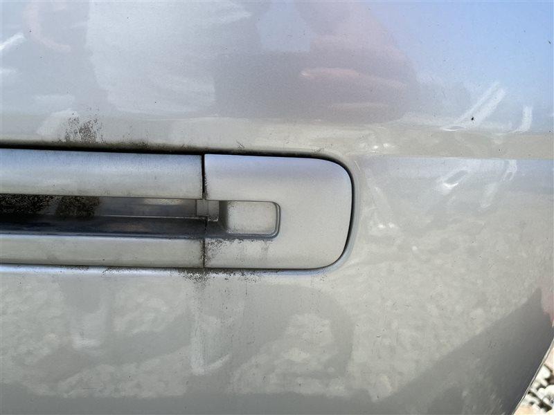 Заглушка полозья сдвижной двери Toyota Town Ace Noah CR50 3CT 1998 задняя левая (б/у)