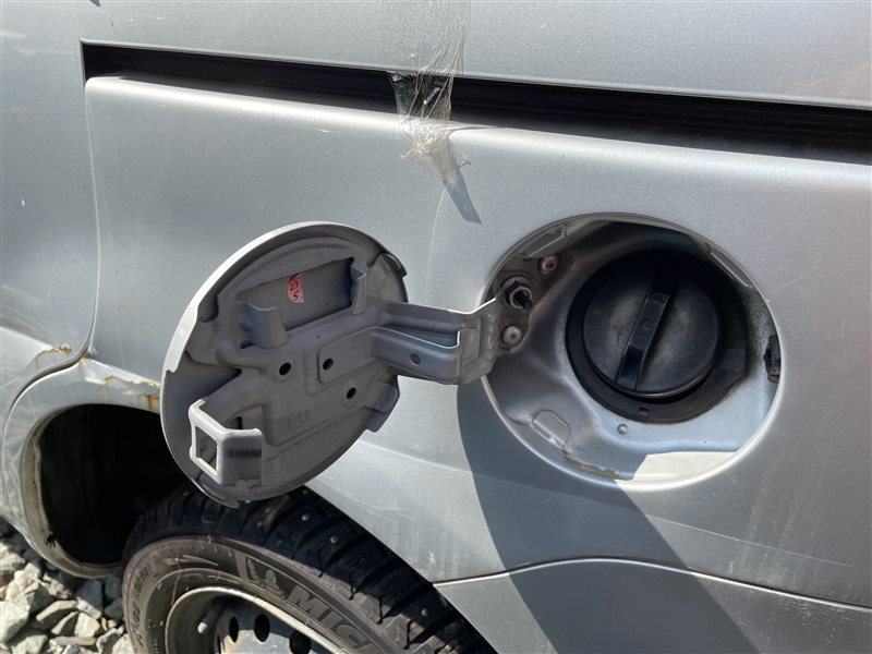 Крышка топливного бака Toyota Sienta NCP81 1NZFE 2006 (б/у)