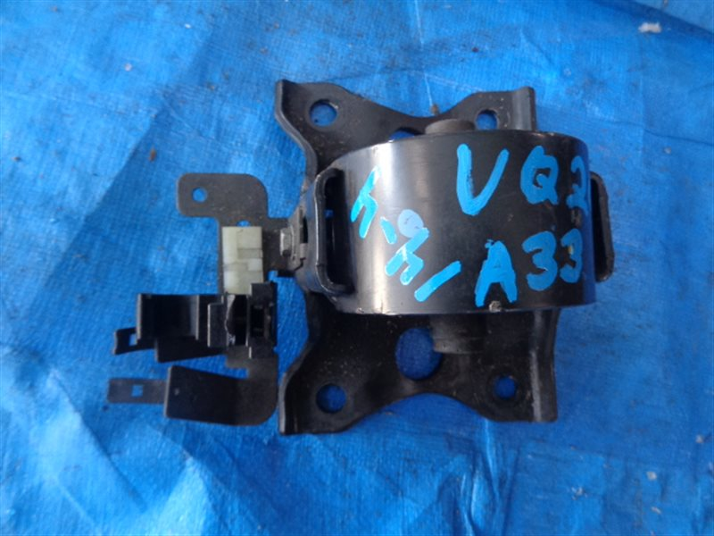 Подушка двигателя Nissan Cefiro A33 VQ20DE левая (б/у)