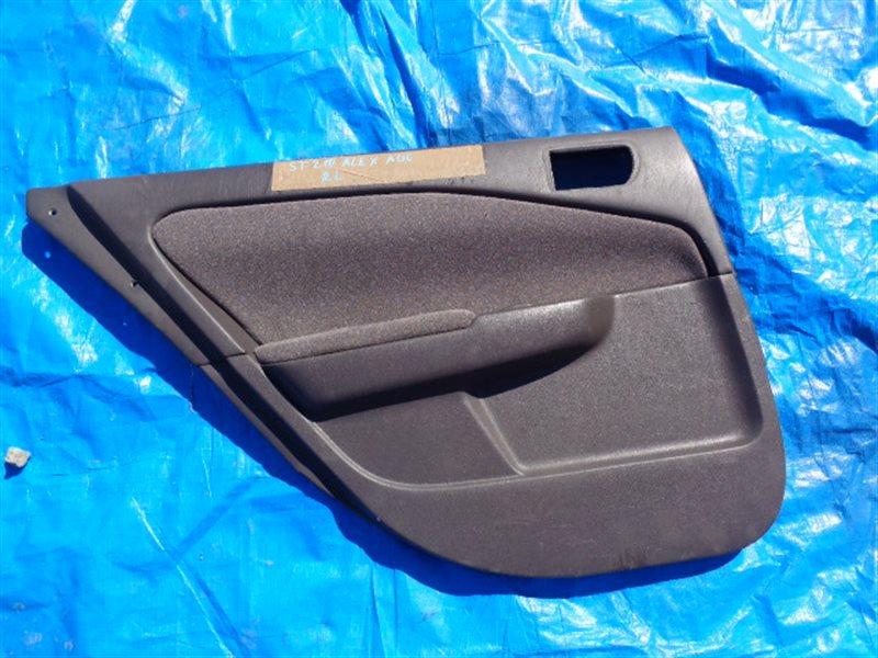 Обшивка дверей Toyota Premio ST210 задняя левая (б/у)