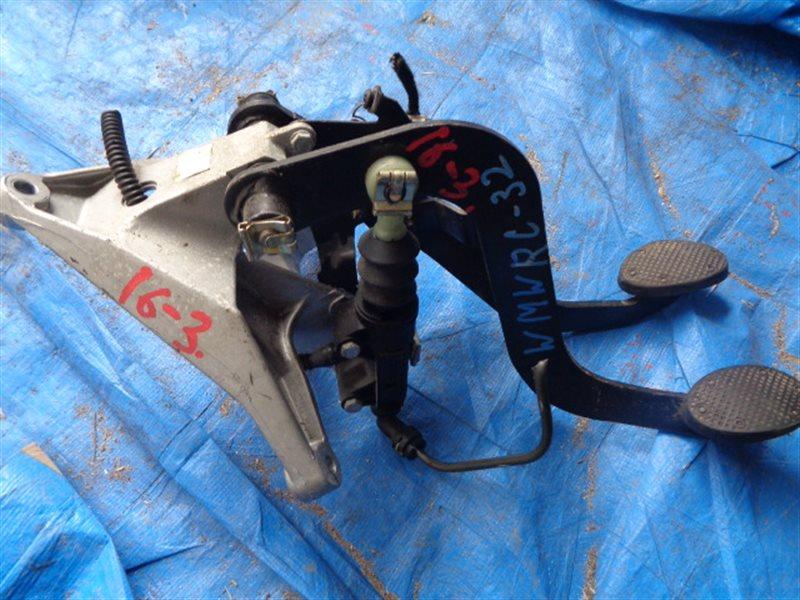 Педаль сцепления Mini Cooper WMWRC32 (б/у)