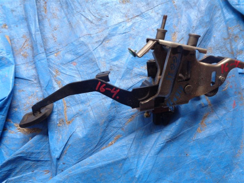 Педаль тормоза Mazda Atenza GG3S L3 MT (б/у)