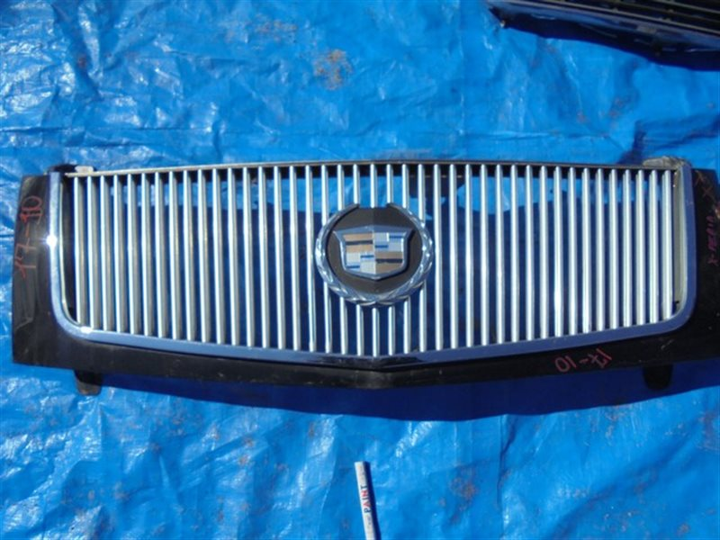 Решетка радиатора Cadillac Escalade II LQ9 2002 (б/у)