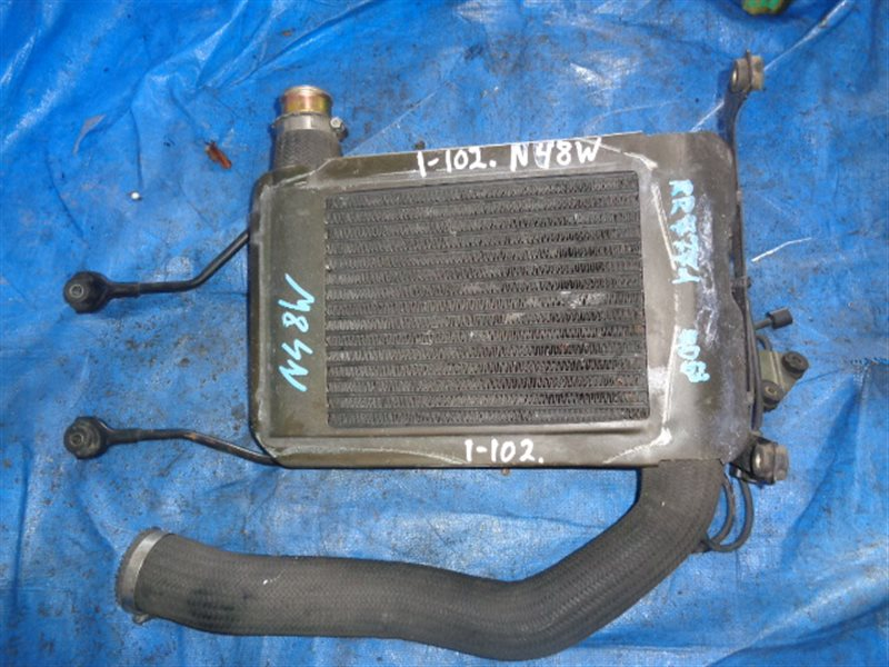 Радиатор интеркулера Mitsubishi Chariot N48W 4D68T (б/у)