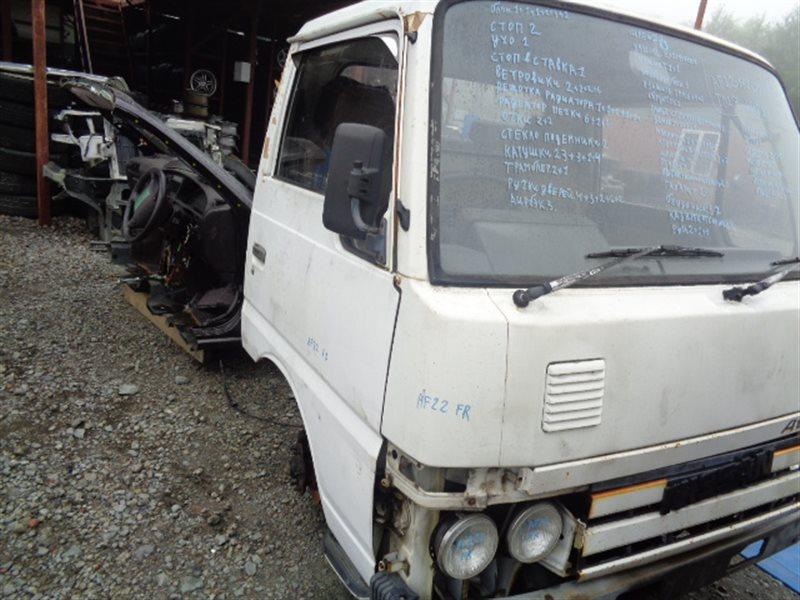 Кабина Nissan Atlas AF22 TD27 (б/у)